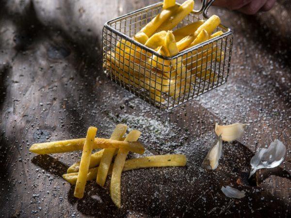 Cartofi Prăjiţi