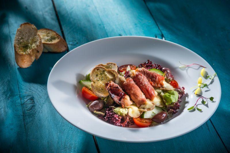 Salată Genovese